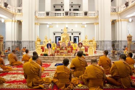 antiques: Buddha images, architecture, antiques, art, Asian, Asian, beautiful, bright, worship, Buddhism