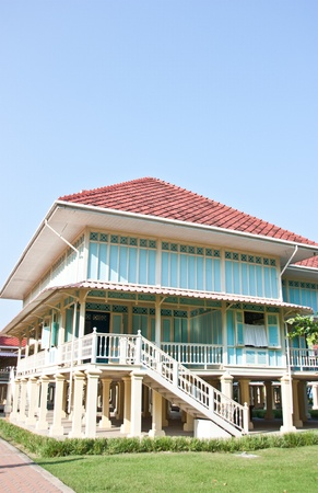 vacate: habitation building lives  two very lift tall vacate  paint beautifully be a place has to keep for extremely ford pour come to see   praise   the beauty of the architecture like   model  Thai  and place important way history of Thailand place