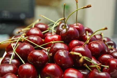 Bright red cherry fruit flavors, sweet taste. As the popularity of the public health benefits