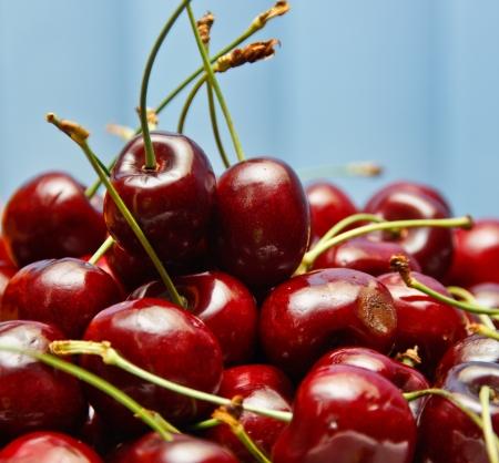 public health: Sabores de cereza roja brillante fruta, sabor dulce. A medida que la popularidad de los beneficios de salud p�blica