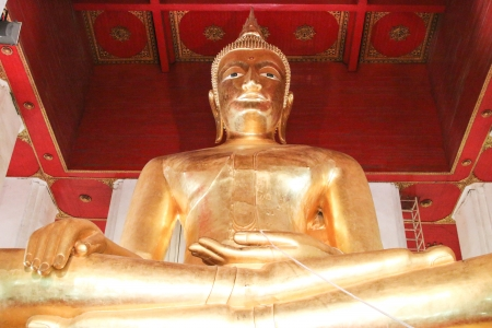Amazing Thailand. City to rank in Asia. Ancient Buddhas. And many sacred. Ancient antiquities are a favorite among foreign tourists, many photo