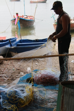 Fishermen are people living on the seashore. Fishery is mainly As primary occupation RMF And to the trade Editorial