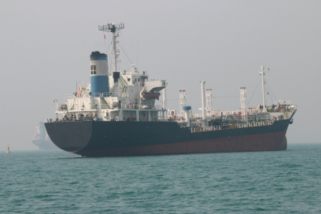 obtain: Large cargo ships The fleet was tremendous. To obtain many products per trip. Using new technology to work