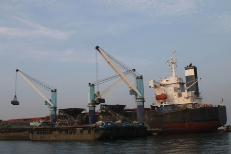 Large cargo ships The fleet was tremendous. To obtain many products per trip. Using new technology to work