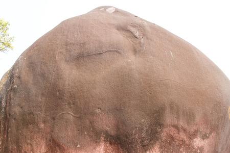 Piedras son causados ??por la naturaleza. Un bulto grande y peque�a con forma bellamente es una importante atracci�n tur�stica.