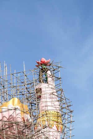 sacrificed: Ganesh is the god of India. People respect a lot. The god of the divine mercy shrine who sacrificed a fortune will be good fortune.