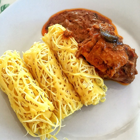 net: Roti Jala with Chicken Curry