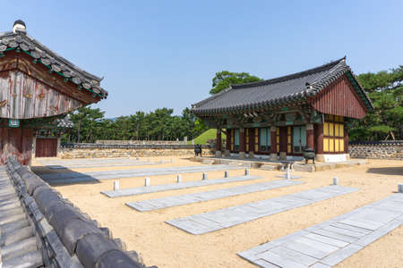 GIMHAE, SOUTH KOREA - JUNE 18, 2017 : Graveyard of king Suro's warriors and servants at the Royal tomb of king Suro of Gaya kingdom in Gimehae, South Gyeongsang province, South Korea. Redakční