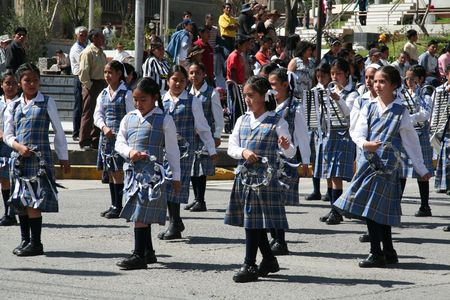 unison: Girls for dancing on the parade,Peru
