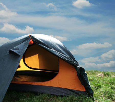 Green tent on sunny grassland Stock Photo - 894808