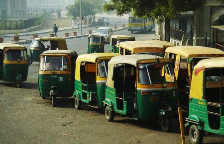 poverty india: Mototransport in New Delhi