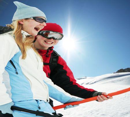 entertaiment: Girls on skies resort