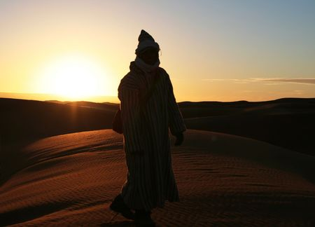 pappy: Sunsrise in desert