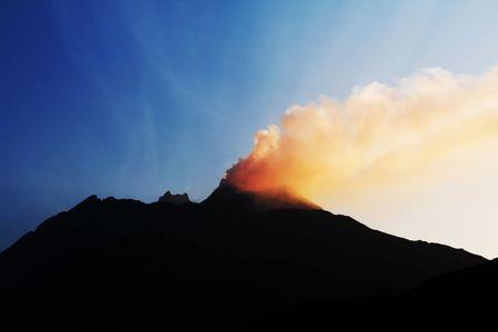 uitbarsting: Uitbarsting vulkaan