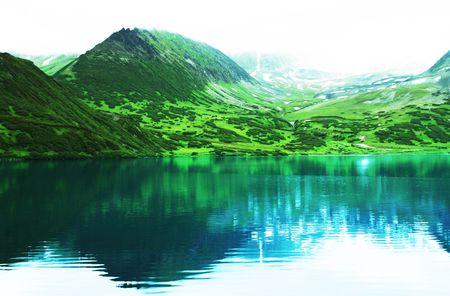 kamchatka: Mountain lake on Kamchatka