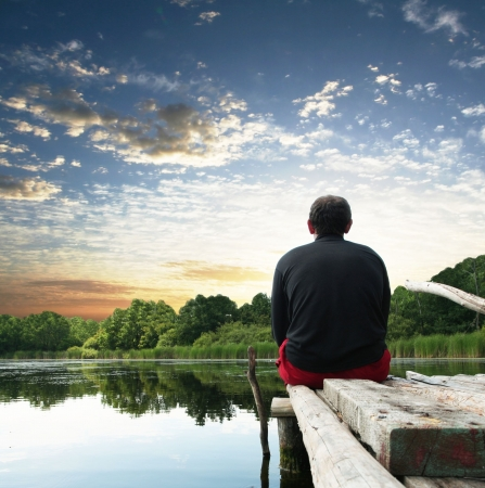 camp de vacances: Relaxation au bord du lac  Banque d'images