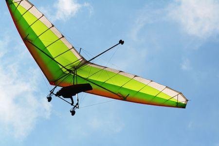ascend: Hang glider