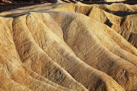 dearth: Deserts mountains