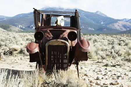 Retro car on route 66 Stock Photo - 5999172