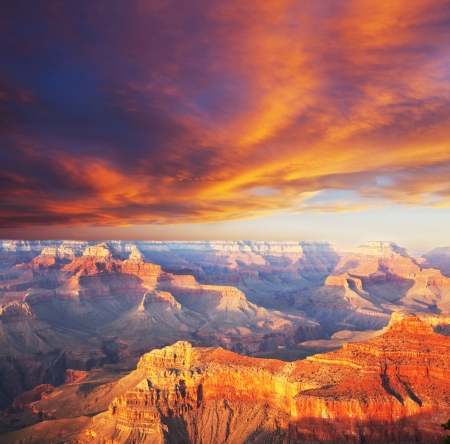 rock canyon: Grand Canyon
