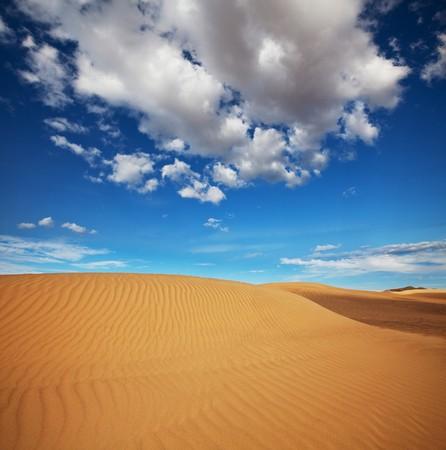 sand desert Фото со стока