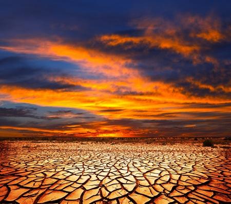 calentamiento global: Tierra de sequía