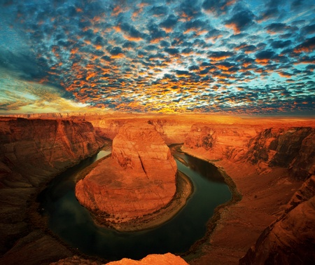 Horse Shoe Bend at Utah, USA  photo