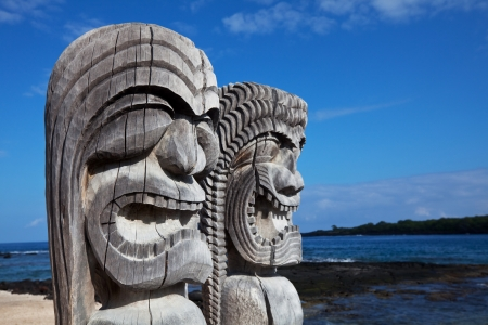 the totem pole: Hawaiian Tiki Stock Photo