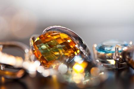 bijoux diamant: joyaux du collage
