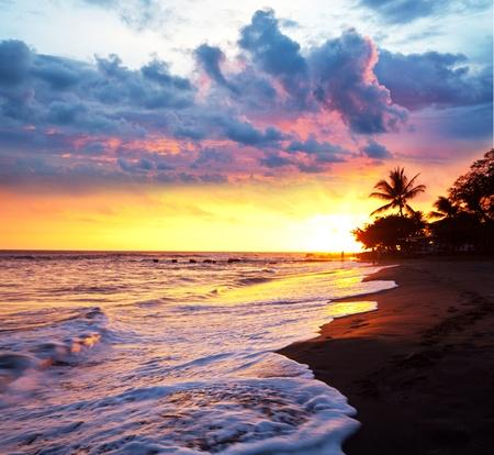 hawai: mar puesta de sol en el Parque Ol�mpico de costa Foto de archivo