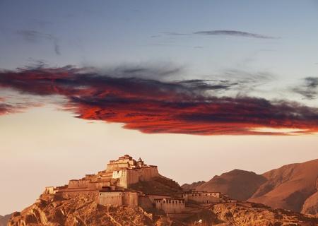 forbidding:  tibetan monastery, Tibet