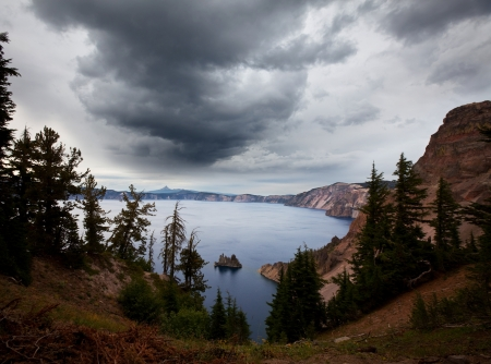 cascade mountains: storm weather on Crater Lake