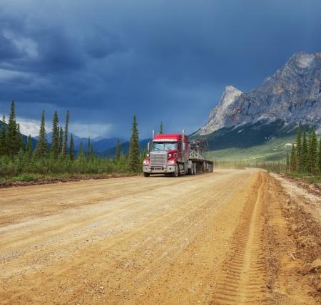 alpine tundra: Dalton highway on Alaska