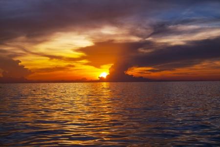ocean sunset: sea sunset