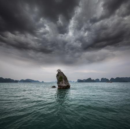 Halong Bay,Vietnam Stock Photo - 16592272