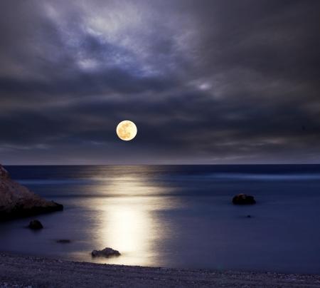 luz de luna: luz de la luna