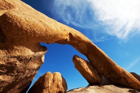 joshua: Arch in Joshua Tree NP,USA