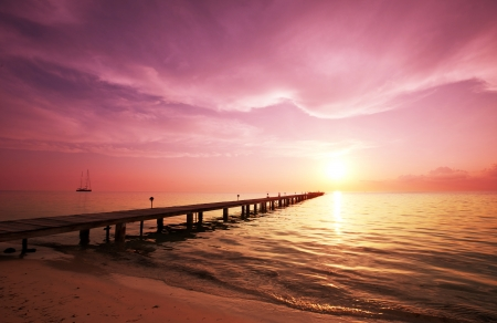 boardwalk on beach Stock Photo - 17856540