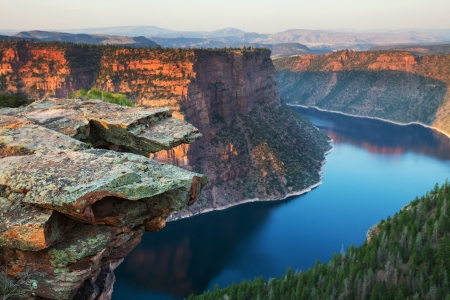 gorge: Flaming Gorge recreation area
