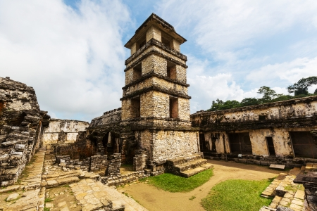 Palenque pyramid in Mexico Stok Fotoğraf