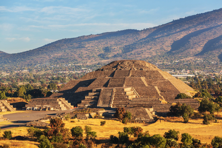 Pyramid of the Sun  Teotihuacan  Mexico  photo