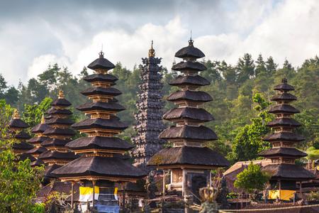 pura: Pura Besakih temple,Bali,Indonesia