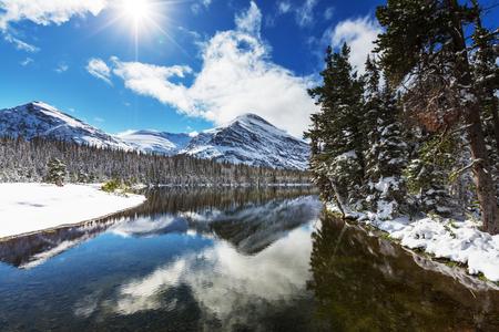 빙하 국립 공원, Montana.Winter. 스톡 콘텐츠 - 32783908