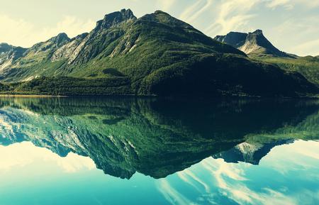 mountain lake 스톡 콘텐츠