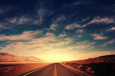 山の中の道路
