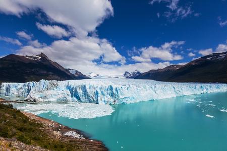 アルゼンチンのペリト ・ モレノ氷河