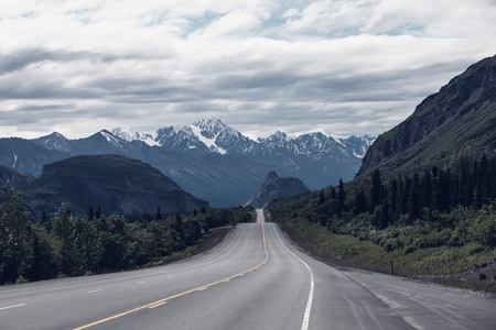 backwoods: Dalton highway on Alaska
