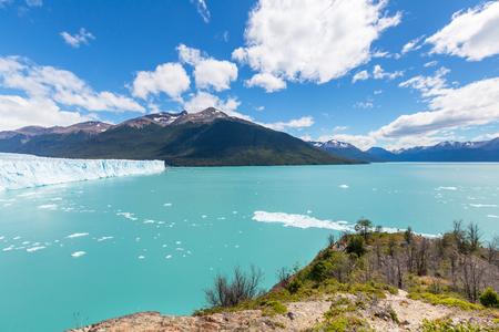 perito: Perito Moreno glacier in  Argentina
