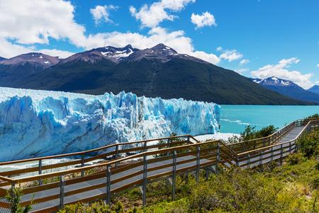 アルゼンチンのペリトモレノ Moreno 氷河