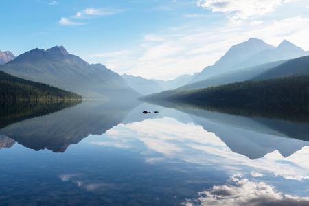 bowman: Bowman lake in Glacier National Park, Montana, USA